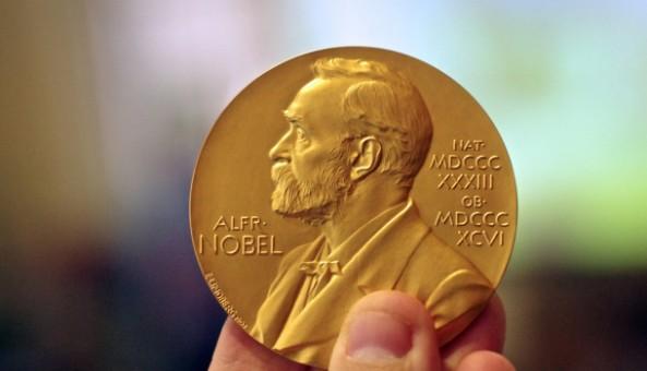 ¡Ya llegó! ¡El tren del mame del premio Nobel de Literatura!
